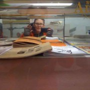 susy-behind-the-glass-1.b